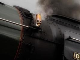 Dampfzug pfeifen foto