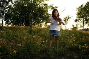 der Frühlingsviolinist foto