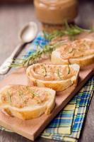Brot mit Pastete foto
