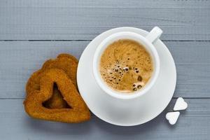 Valentinstag Tasse Kaffee Bretter Zuckerwürfel Kuchen Herz