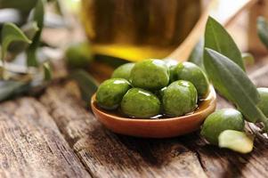 Öl und Oliven foto