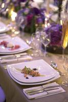 schöne Tischdekoration foto