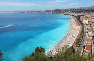 schöner Strand, Luxusresort der französischen Riviera. foto