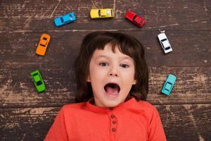 Ich liebe mit Autos. foto