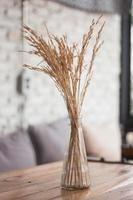 Strauß getrockneter Blumen foto