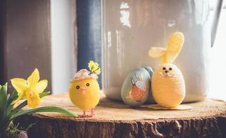 gelbe Plüsch Ostern Spielzeug foto