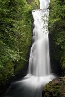 Zeitraffer des Wasserfalls