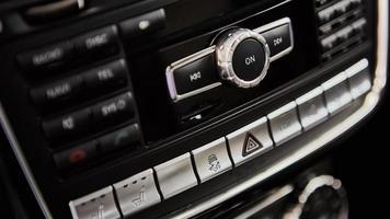 Details zur Innenausstattung eines Luxusautos foto