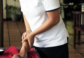 Massage der Beine foto