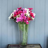 Strauß künstlicher Blumen foto