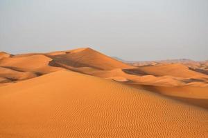 Blick auf eine Wüste in Dubai