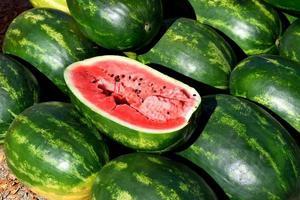 ein Haufen Wassermelonen