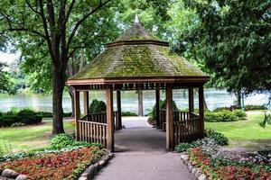 Pavillon im Park