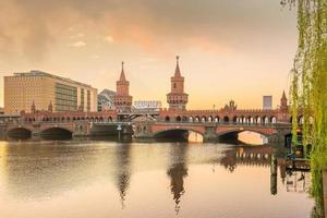 berlin skyline deutschland