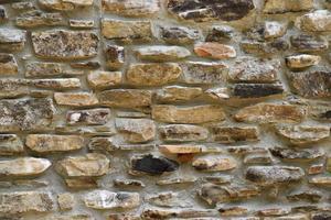 braune Steinmauer