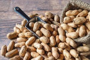 Erdnüsse in Sackleinen