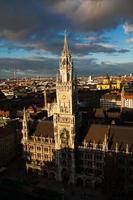 Rathaus am Marienplatz in München foto