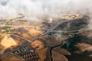 Luftlandschaft aus einem Flugzeug foto