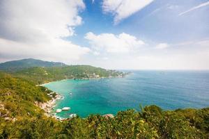 Luftaufnahme der tropischen Strandinsel foto