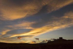 Silhouette von Ait Ben Haddou am Morgen foto