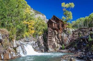 Verlassen Sie die Kristallmühle in Colorado Mountain foto