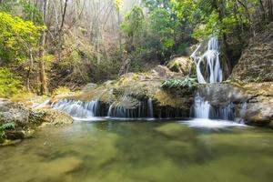 Wang Kaew Wasserfall in Lampang, Thailand foto
