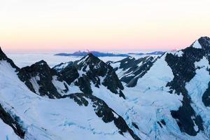 verschneite Berge foto