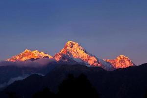 Machapuchare und Annapurna Range, Nepal foto