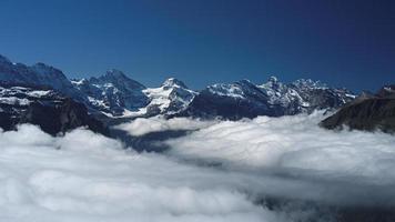 Blick von Mannlichen auf die Berner Alpen (Berner Oberland, Schweiz)