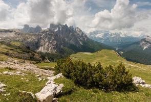 Gebirgszug in sexten Dolomiten foto
