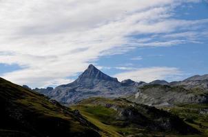 Anie Peak bewölkter und sonniger Tag foto