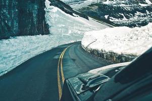 alpine Straßenfahrt foto