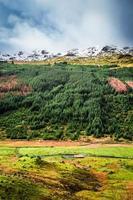 Tal in den Bergen, Schottland foto