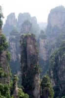 mysteriöse Berge Zhangjiajie, Provinz Hunan in China. foto