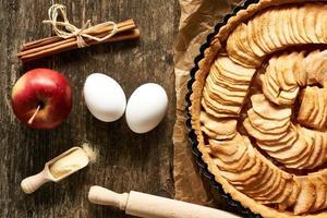französischer Apfelkuchen foto