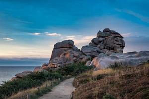 Atlantikküste in der Bretagne foto