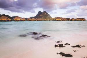 Bora Bora aus einem Motu foto