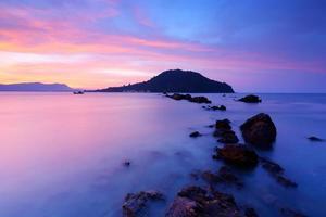 Ozean im Sonnenaufgang foto