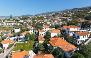 Stadt mit kleinen Häusern