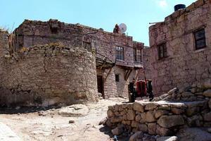 Adobe-Häuser in einem alten Dorf