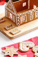 Herstellung von Lebkuchenhaus