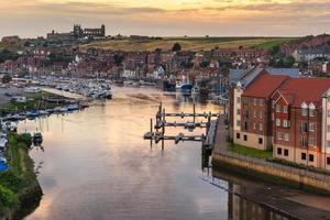 Whitby an der Nordküste von Yorkshire foto