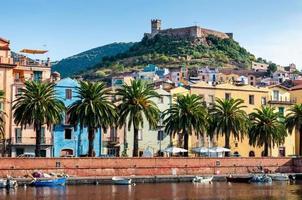 Fluss, alte Festung auf der Bosa, Sardinien