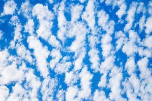 Wolken am Himmel foto