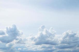 Himmel mit Wolken.