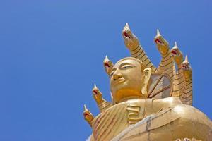 goldener buddh thailand foto