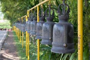Tempelglocke line1