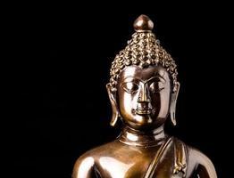 Buddha-Statue isoliert foto