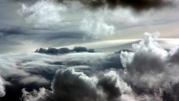in den Wolken foto