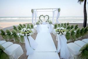Dekoration von Hochzeitsblumen in Herzform